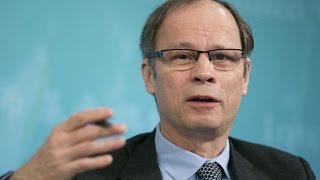 Nobel Laureate Tirole Wants Tough Rules for Big Banks