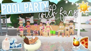 Pool Party With Fans! | Roblox Bloxburg Roleplay | alixia