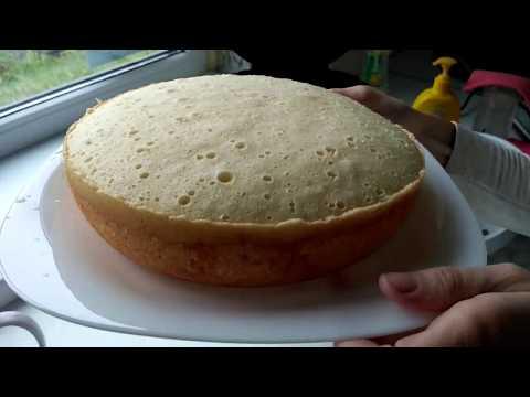 Давайте вместе испечем пышный бисквит в мультиварке филипс , а потом приготовим из него фруктово-карамельный торт.