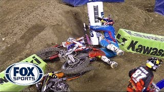 Repeat youtube video Malcolm Stewart Wrecks Jason Anderson - Anaheim III 2014 - 250 West Supercross