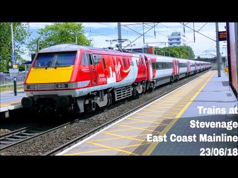 Afternoon Trains at Stevenage, ECML   23/06/18