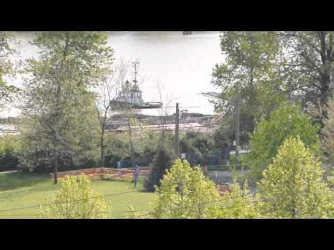 Tugboat working Fraser River