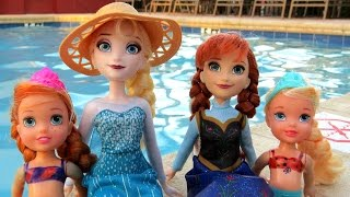 POOL ! Elsa and Anna toddlers - Barbie is the lifeguard - splash