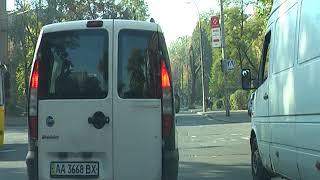 Маневры на перекресках 26, Лукьяновка. Как нарушают правила дорожного движения при развороте