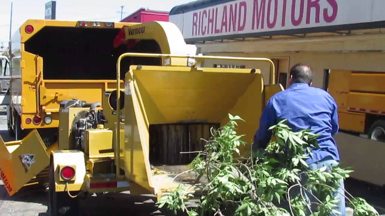 Commercial Wood Chipper Rental | Wooden Thing