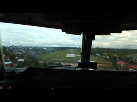 Dash 7 Landing on Bontang WALC (cockpit view)
