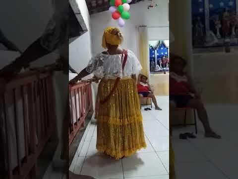 Tereza Légua na croa de Mãe Raimunda de Lelé - Tenda São Cosme e Damião/Pindaré Mirim MA