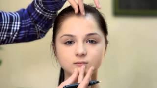 Коррекция круглого лица с помощью макияжа(Коррекция лица макияжем поможет зрительно изменить форму лица с помощью правильного чередования света..., 2015-03-12T08:47:58.000Z)