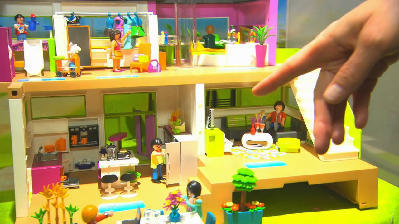 Playmobil international toy fair 2014 behind the for Salle de bain villa moderne playmobil