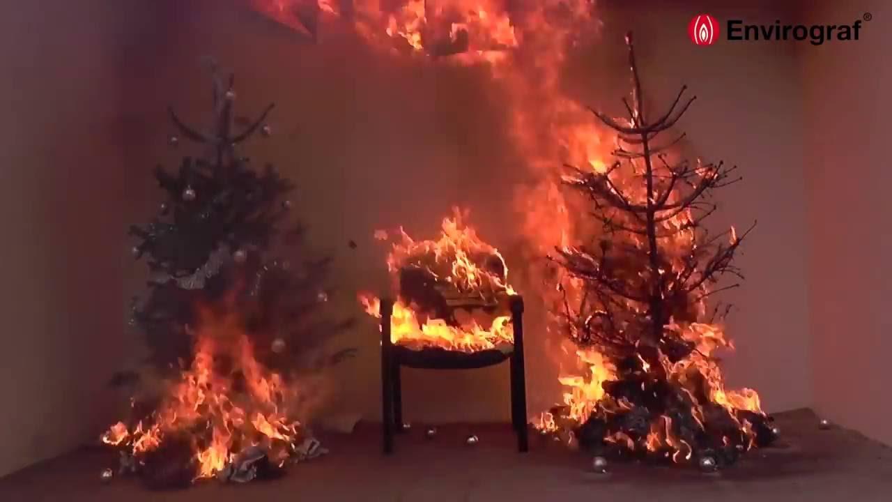 Kerstboom Brand Demonstratie Brandveilig Nederland Nl Youtube