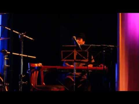 Akeboshi - Yellow Moon (LIVE) at Skecon 2013