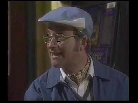 Harry Enfield's Television Programme SERIES 2 (clip)