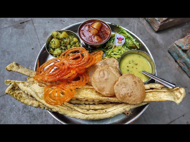 Heritage street food in Ahmedabad | 120 years old restaurant | Street food Ahmedabad