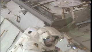 Spacewalker Drew Feustel Heads Back to the Quest Airlock