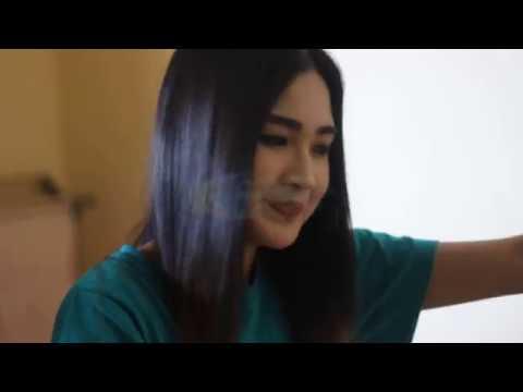 [VLOG] Melihat Nella Kharisma Sedang Make Up