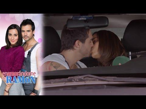 ¡El primer beso de Fabiola y Ramón! | Enamorándome de Ramón - Televisa