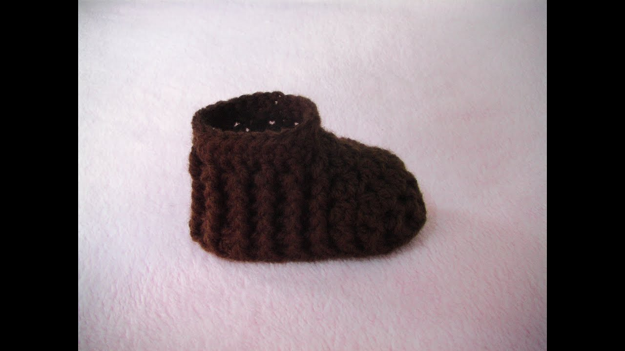 f6453bc8eb6f Πλεκτο Μποτακι με την Πλεξη Ριπ για Ποδαρακια   Crochet Baby Bootie Tutorial
