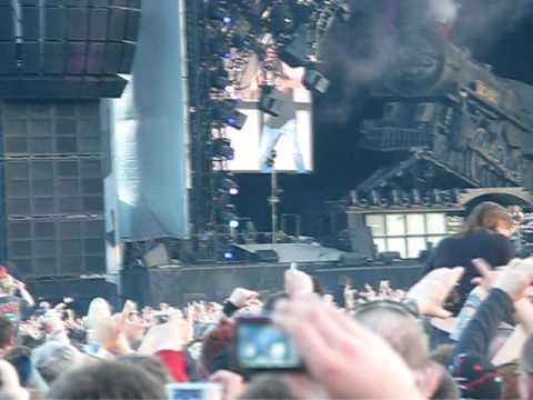 AC/DC Download Festival 2010 - Thunderstruck