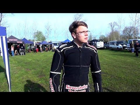 IM PORTRAIT - der 15jährige Speedwayfahrer Jannik Schütt.