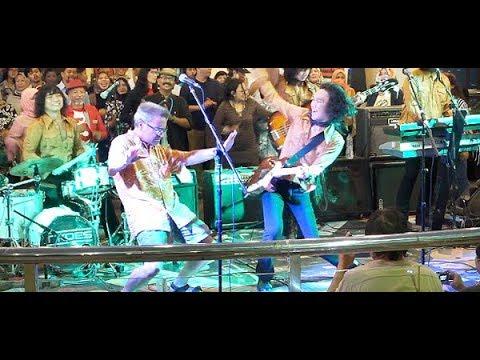 Bule Amerika Joget Heboh Bareng T-Koes Band ★ Bujangan (Koes Plus) @ Plaza Blok M (14/08)