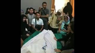 Proses Pemakaman Julia Perez Dan Tangisan Ruben Onsu Serta Para Sahabat Selebriti