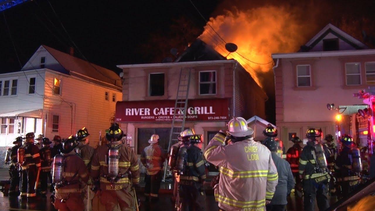 Garfield Nj Fire Department 2nd Alarm 11 14 17 Youtube