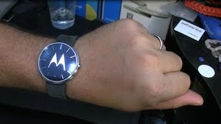 Motorola Moto 360 Unboxing and First Impressions | Pocketnow