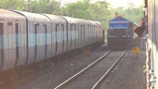 [IRFCA] DBRT Rajdhani crossing with Dekargaon Intercity at full MPS!!! thumbnail