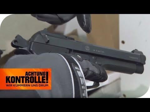 Mann bedroht Fahrgäste mit Schreckschusspistole am Stuttgart Hbf | Achtung Kontrolle | kabel eins