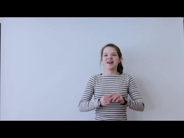 Изображение предпросмотра прочтения – АлександраТрошина читает произведение «Послушайте! (Послушайте! Ведь, если звезды зажигают…)» В.В.Маяковского