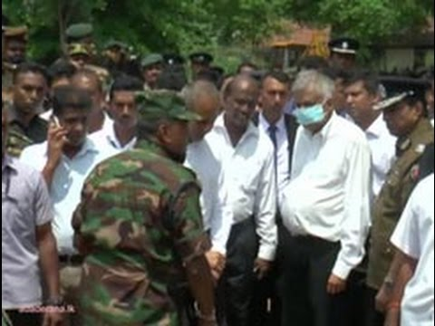 PM vows to clear area in Meethotamulla on priority