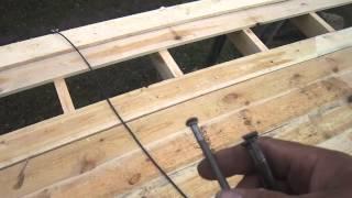 видео Подробное руководство крепления профнастила на крыше