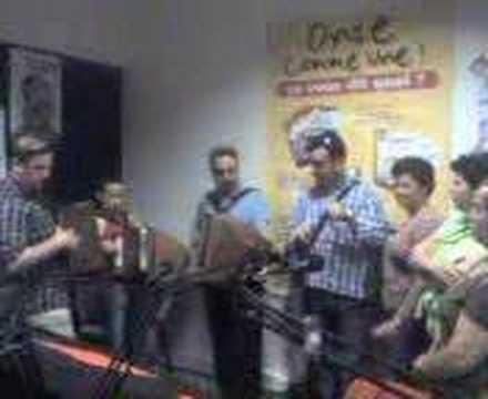rancho de santa marta a la radio