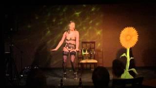 LeTabby Lexington- Queen Bee Burlesque