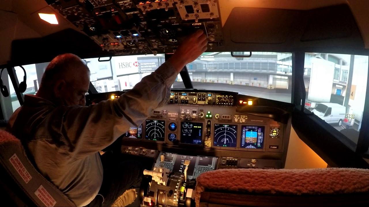 Push Back at LFPG Paris CDG - Boeing 737 Flight Simulator home cockpit