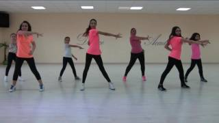 Ballo di gruppo DUELE EL CORAZON Enrique Iglesias ft Wisin thumbnail