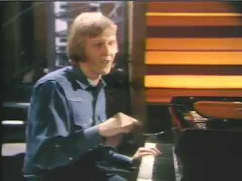 "HARRY NILSSON ""The Smothers Brothers Summer Show"" (8th July 1970)"