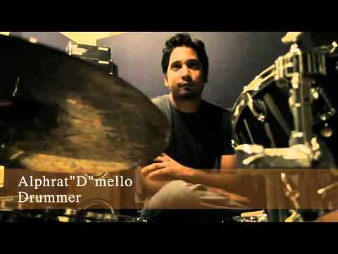 PakiUM com   Kumail Murtaza – Chaltay Jaoon Download Audio Video   Pakistani Underground Music