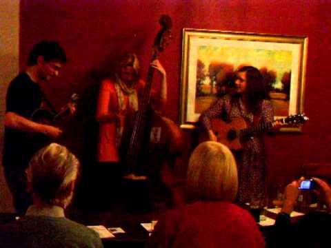 Jaywalkers at Lymm Folk Club August 2011