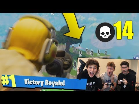I CAN'T BELIEVE WE SURVIVED! *TRIPLE TEAM ATTACK* FORTNITE SQUADS WITH JESSER AND MOPI!