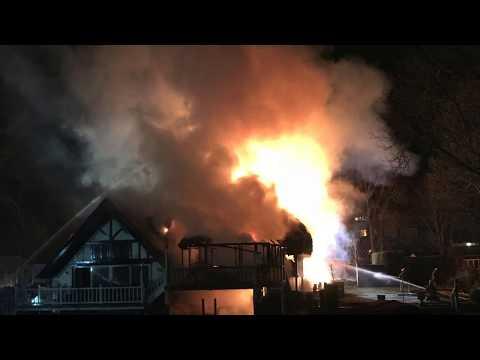 Goring Boathouse Fire - 23 February 2018