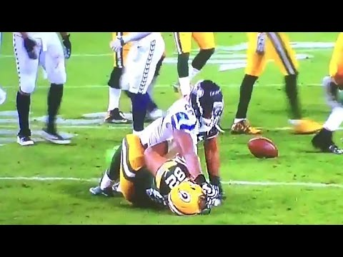 K.J. Wright Tries to Rip Off Richard Rodgers' Head, Gets Ejected