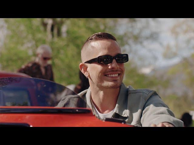 Loco Escrito - Mamacita (Official Video)