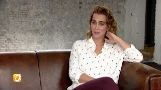Wen D'r Maar Aan! Anouk zingt in het Nederlands - RTL BOULEVARD