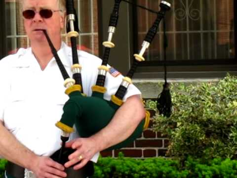 Irish Bag Pipe Player.MOV