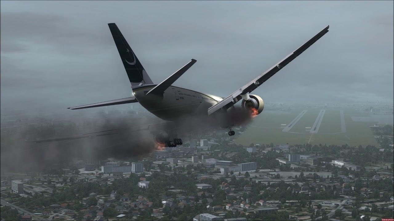 Pia 777 200 Engine Fire Crash Landing Lahore Pakistan