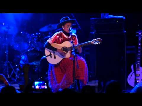 Lauryn Hill -  Turn Your Lights Down Low (LIVE ACOUSTIC RARE!!!)