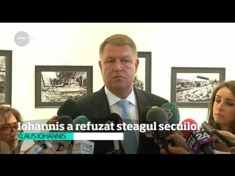 În faţa oficialilor din Covasna şi Harghita, Klaus Iohannis a refuzat steagul secuilor