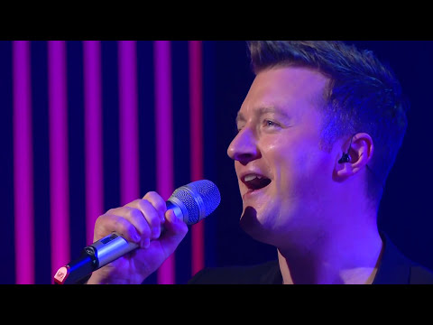 "Ardú perform ""Under Pressure"" on The Ray D'Arcy Show"