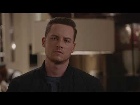 "Chicago PD 7x01 Sneak Peek Clip 2 ""Doubt"""